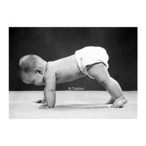 Baby steps postkaart